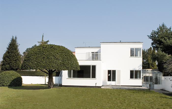 Arne Jacobsen's private home in Charlottenlund